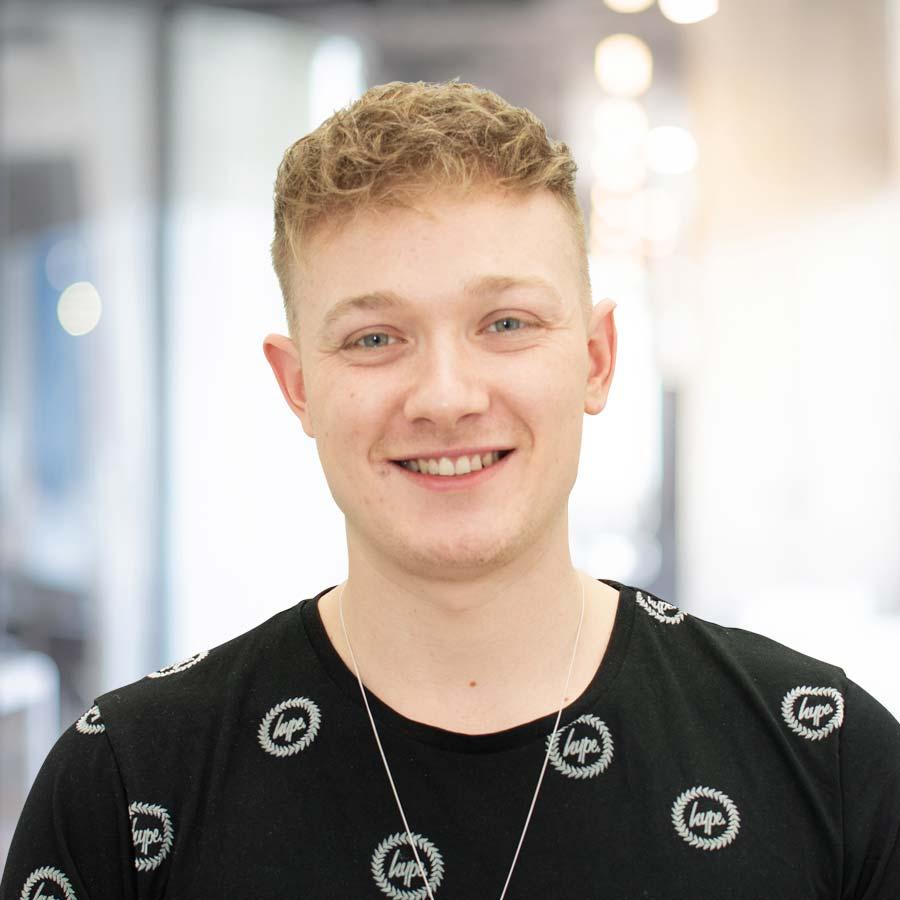 BERLIN SMILE Team: Jens Hoppe, Empfang